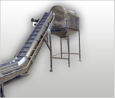 Seasoning Tumbler with Incline Conveyor