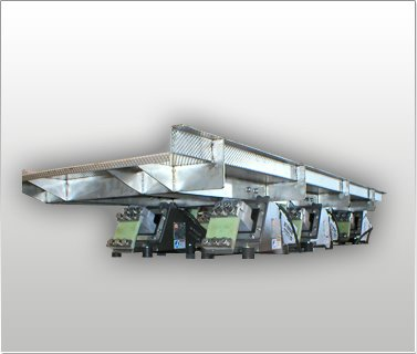 Horizontal Motion & Vibratory Feed Conveyor